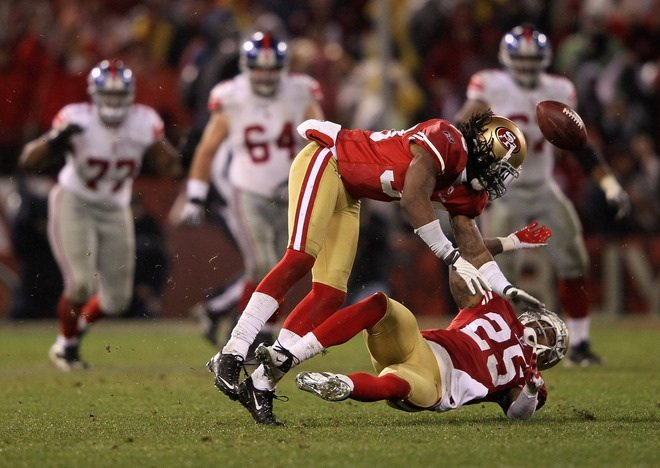 49ERS cornerback Tarell Brown collided hard with teammate and safety guard  Dashon Goldson while attempting to 534b3ac30