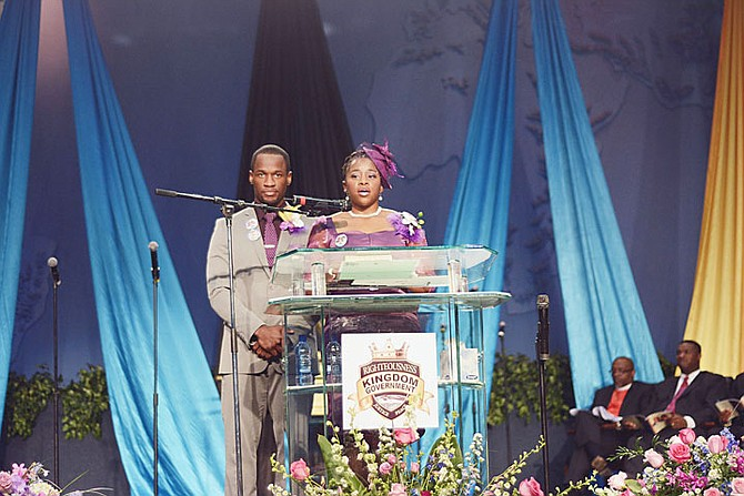 a final farewell to dr myles and ruth munroe the tribune