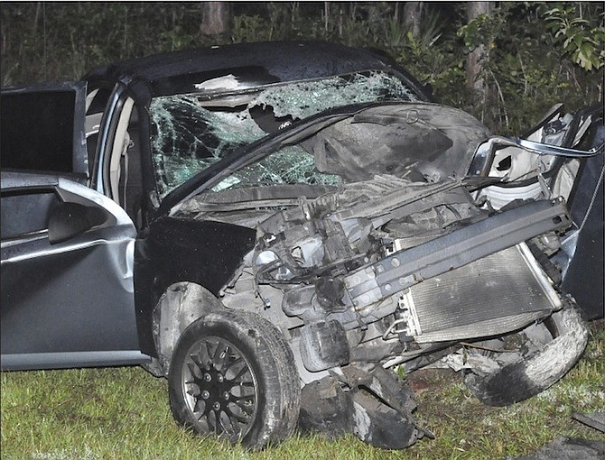 Man killed as car crashes into pole   The Tribune