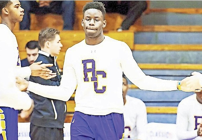 Elite Bahamian basketball prospect D'Andre Vilmar is expected to transfer to Paul VI High School in Haddonfield, New Jersey, for the upcoming fall semester.
