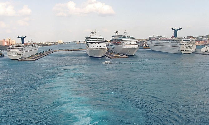 Cruise ships in port at Nassau. Photo: Captain-tucker/Wikimedia