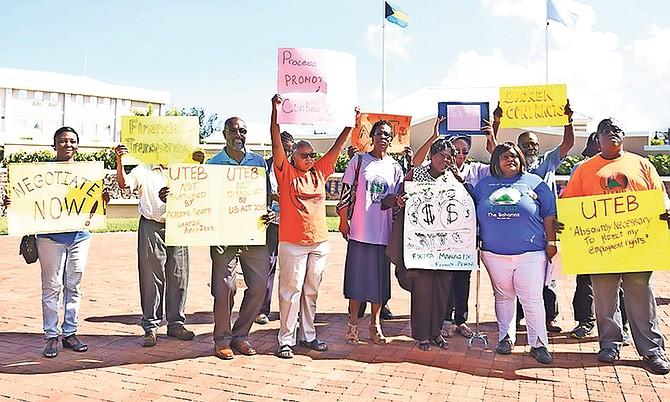 UTEB Members held a demonstration outside of The University of the Bahamas' entrance. Photo: Shawn Hanna/Tribune Staff