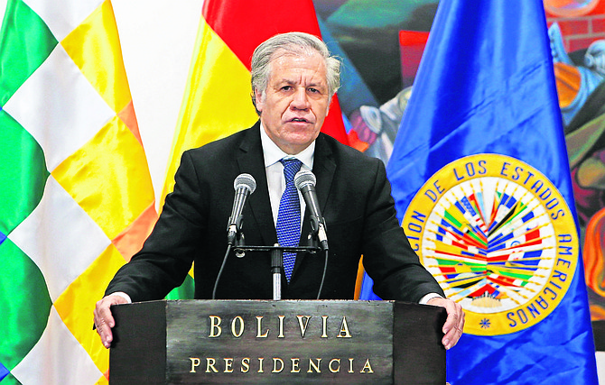 Secretary General of the Organization of American States Luis Almagro Miguel speaks during a joint statement with Bolivia's president at the government palace in La Paz, Bolivia at the weekend. Almagro is in Bolivia on an official visit.