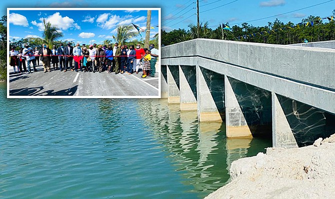 CENTRAL ANDROS – Prime Minister Dr Hubert Minnis officially opened the London Creek Bridge in Central Andros, Friday – part of the natural creek system of Andros that had become blocked because of road construction. London Creek (and also Staniard Creek), Andros, incurred damage because of sedimentation. Structural works have been done to restore general health of the creek system and thereby improve aesthetic and economic benefits. (BIS Photos/Yontalay Bowe)